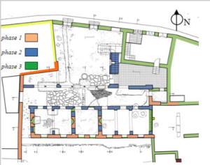 Plan showing the building phases of the monument: first phase (red).